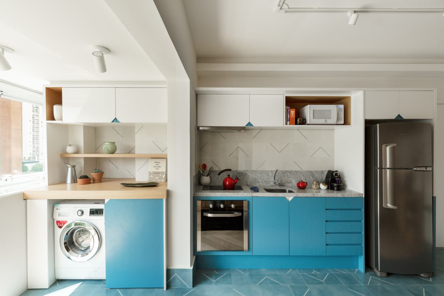 This 400-Square-Foot Modern Brazil Home Feels So Much Larger Than It Is