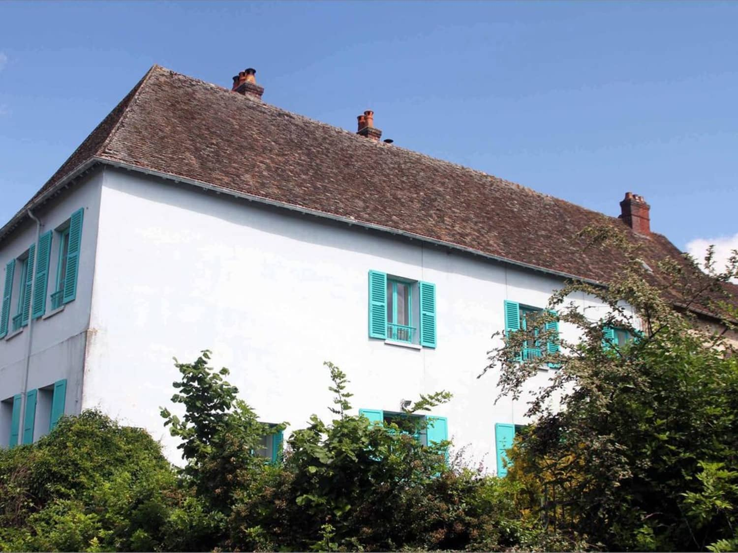 You Can Rent Claude Monet's French Country Home For $250/Night | Apartment Therapy