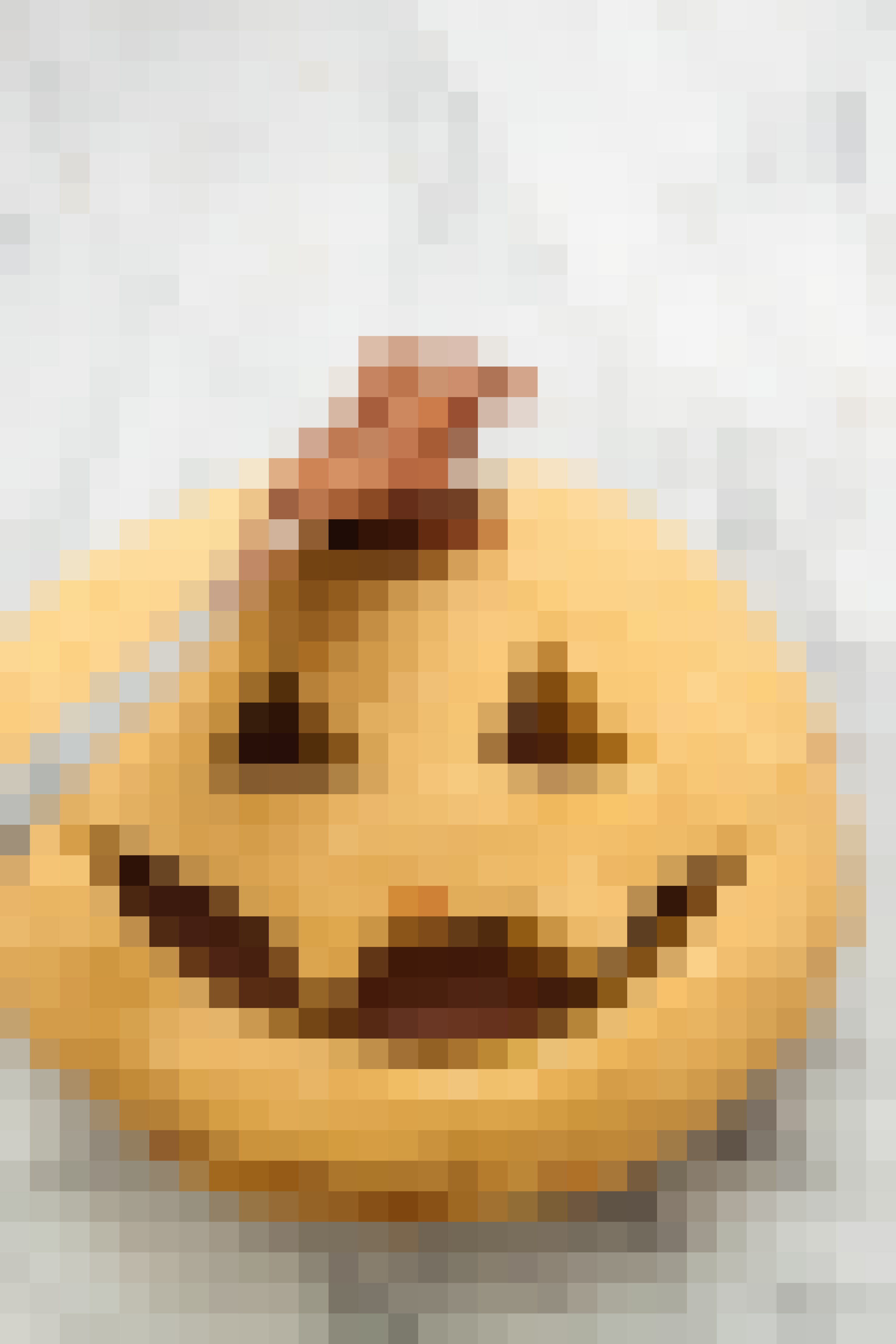 How To Make Halloween Pumpkin Cookies: gallery image 8