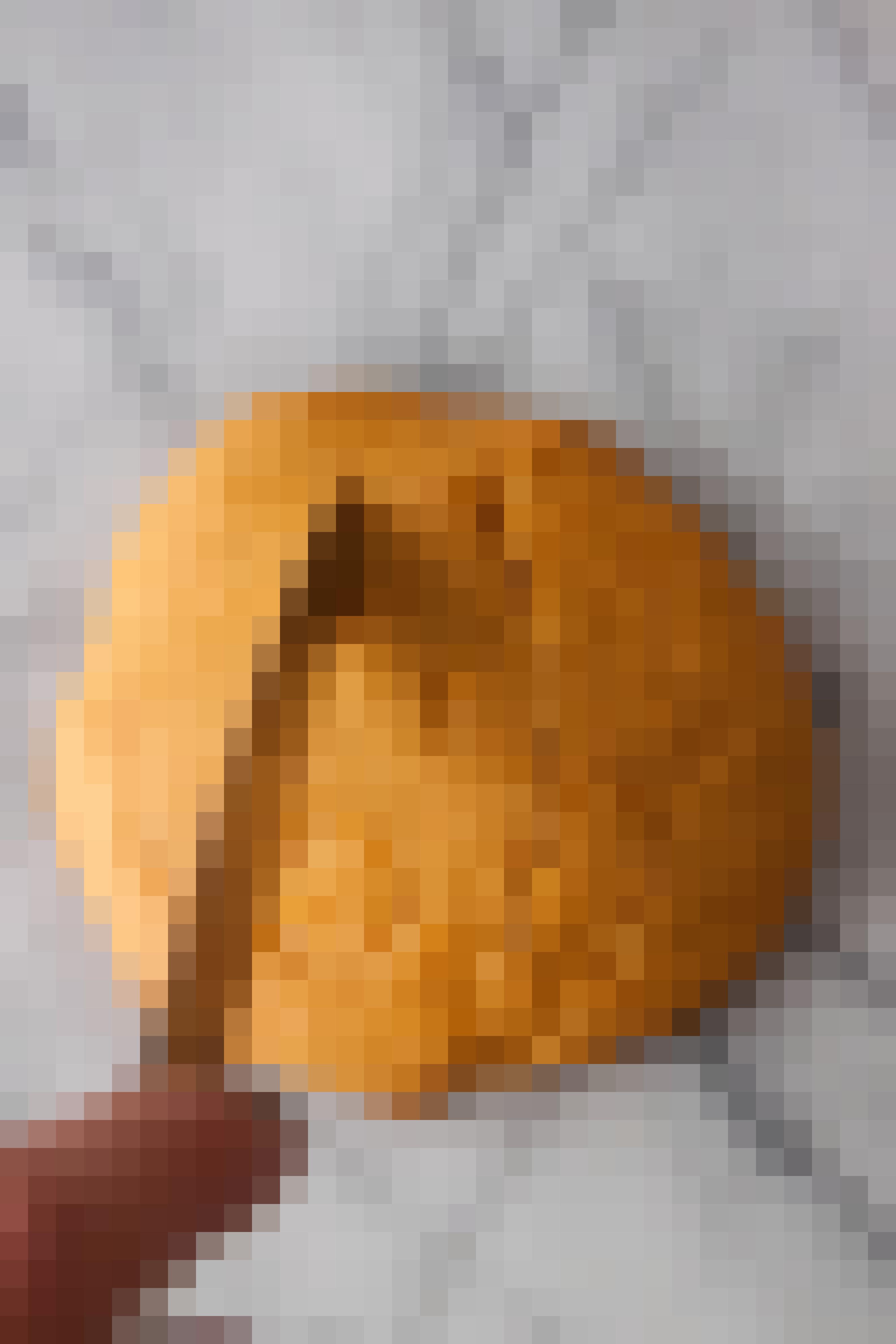 How To Make Halloween Pumpkin Cookies: gallery image 6