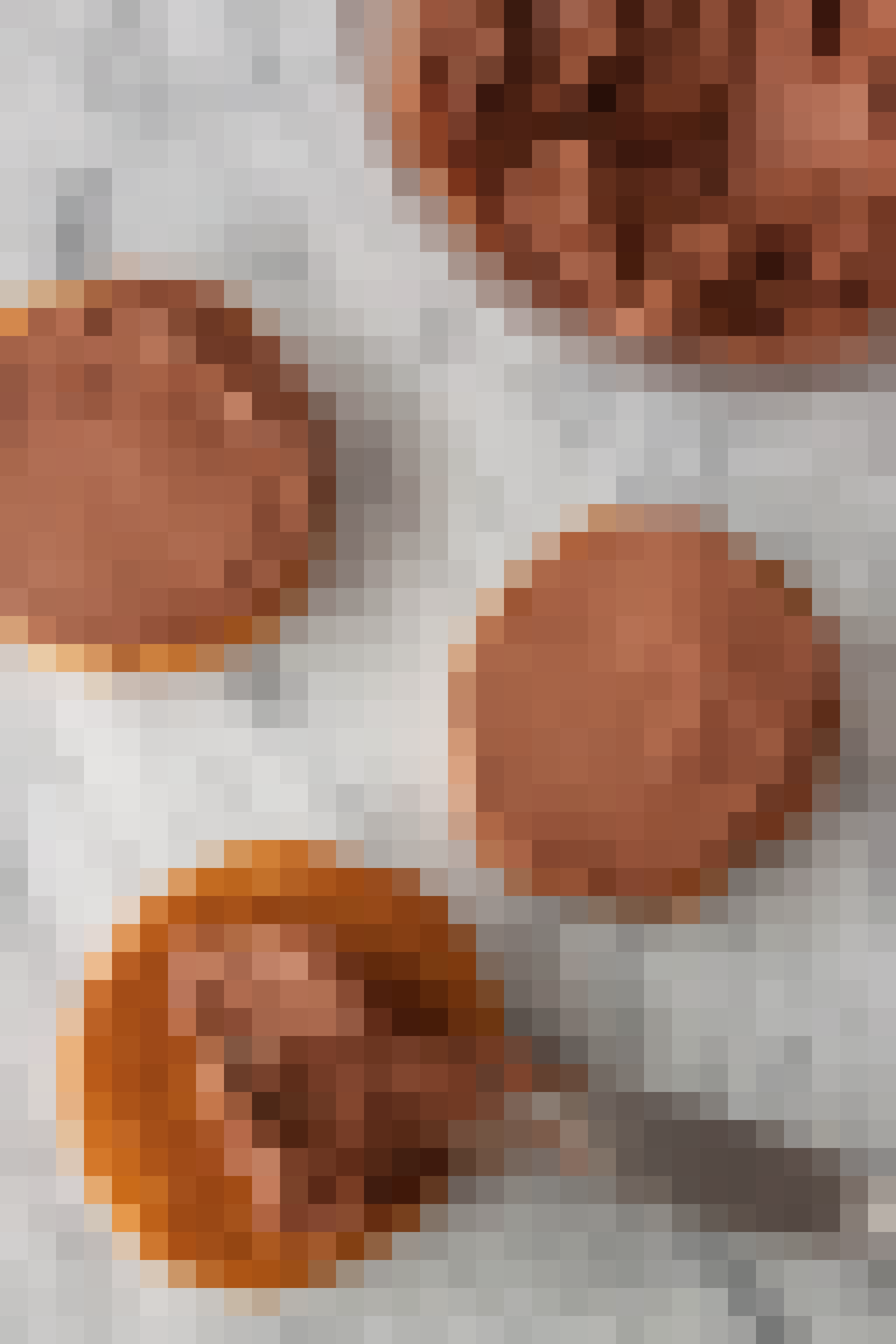 How To Make Halloween Pumpkin Cookies: gallery image 7
