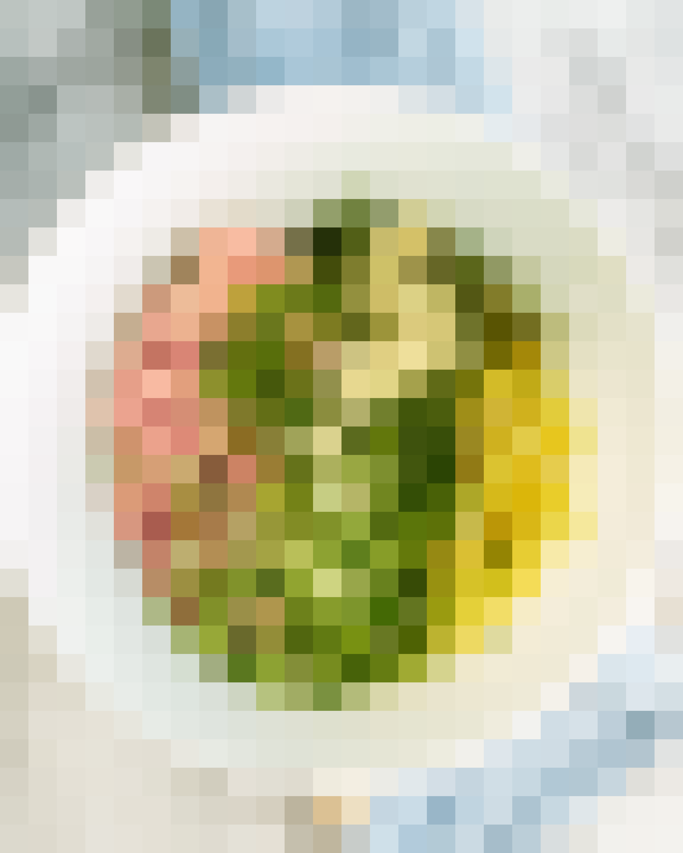 How To Make Pork Dumplings: gallery image 4