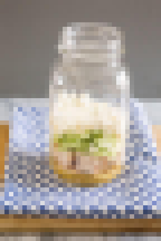 How To Make Greek Salad in a Jar: gallery image 6