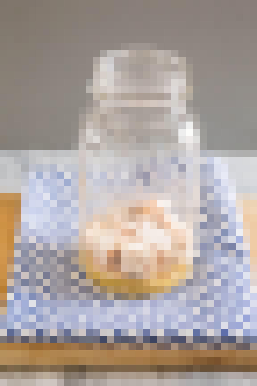 How To Make Greek Salad in a Jar: gallery image 4