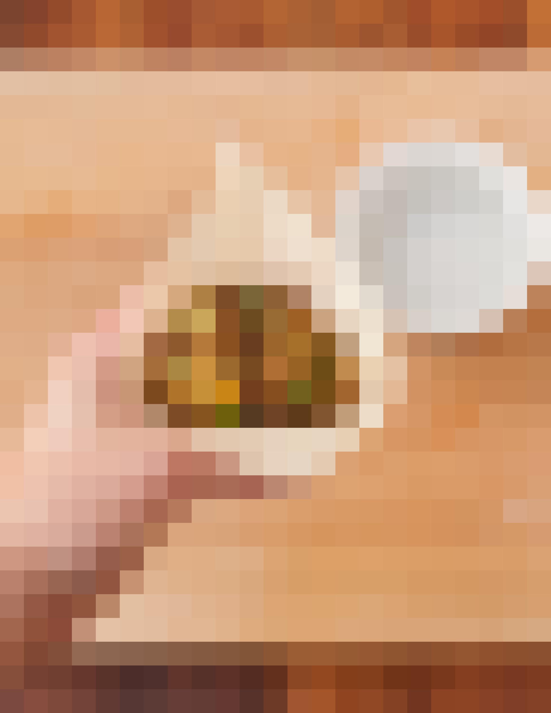 Recipe: Crispy Baked Samosas with Potatoes and Peas: gallery image 4