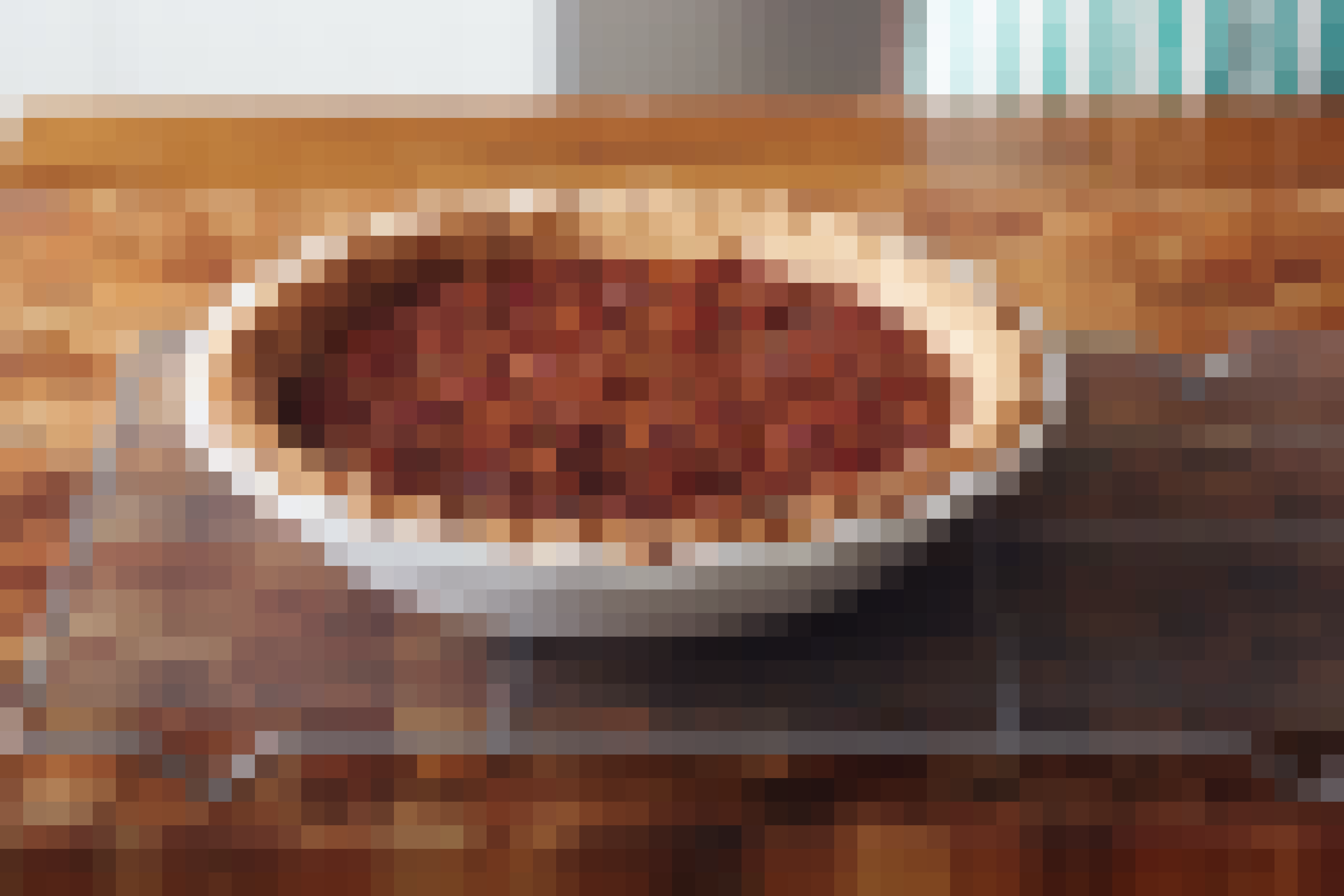 How To Make Classic Pecan Pie: gallery image 17