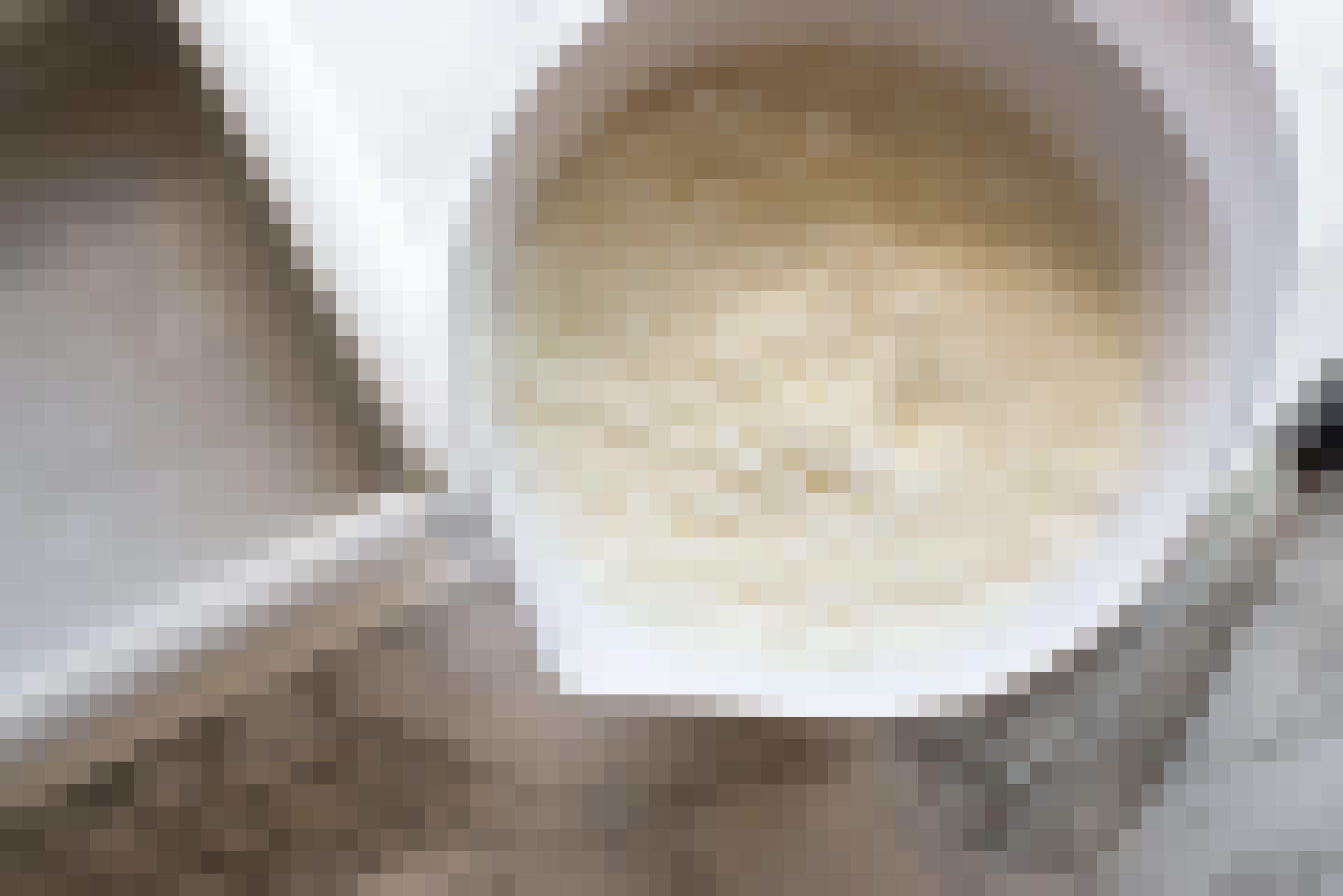 How To Make Vanilla Magic Cake: gallery image 6