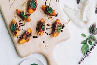 Grilled Nectarines and Peaches Wrapped in Bacon