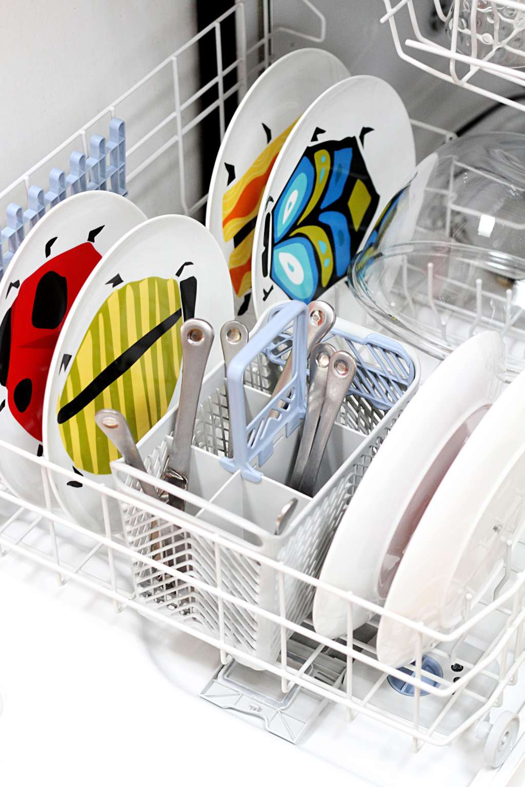 Why You Shouldn't Rinse Dishes Before Loading the Dishwasher