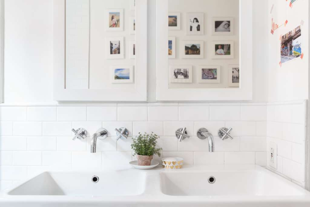 5 Bathroom Cabinet Storage Hacks You Need to Try