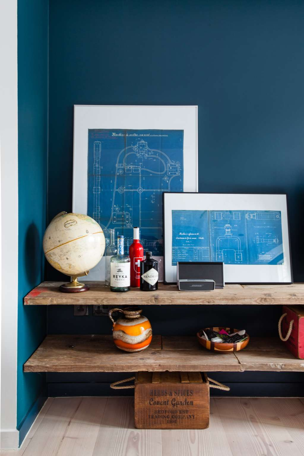 4 Rules to Stick To When Your Storage Containers Show