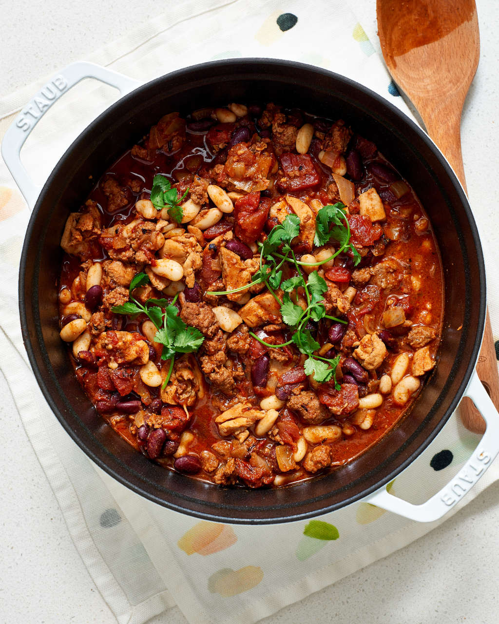 10 Warm Chili Recipes for Cold Nights