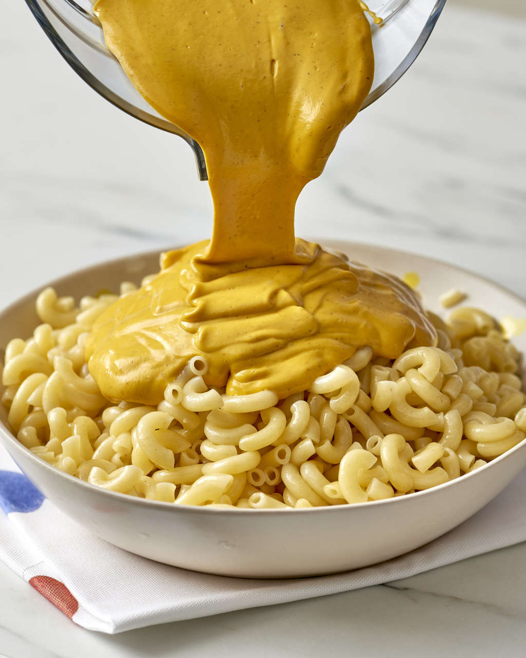 The Vegan Mac & Cheese Recipe You Can't Stop Eating