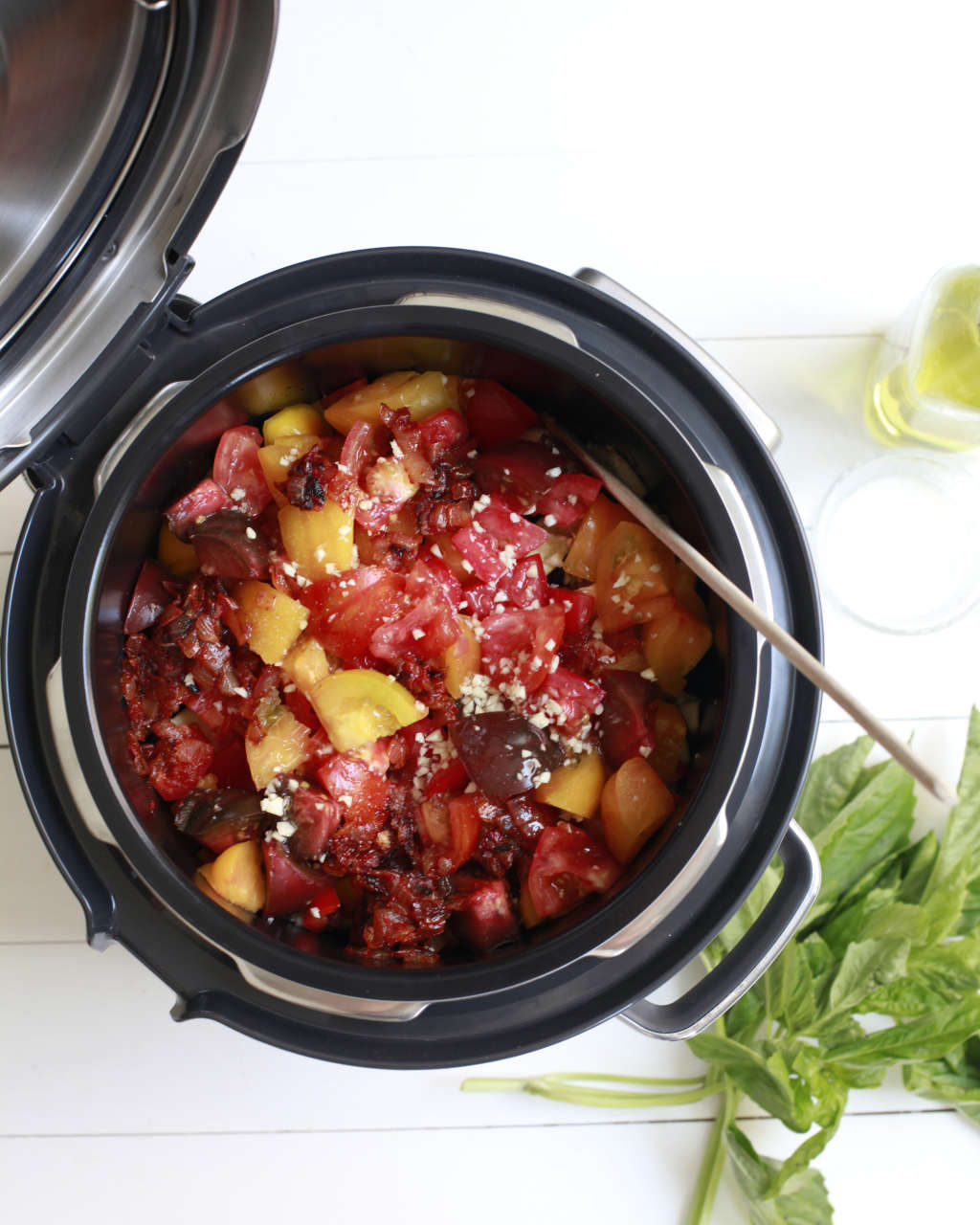 10 Ways the Slow Cooker Can Help You Eat More Vegetables This Summer