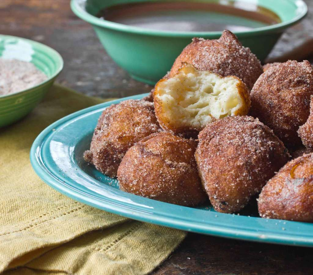 Dessert Recipe: Churros Balls With Warm Chocolate Dipping Sauce