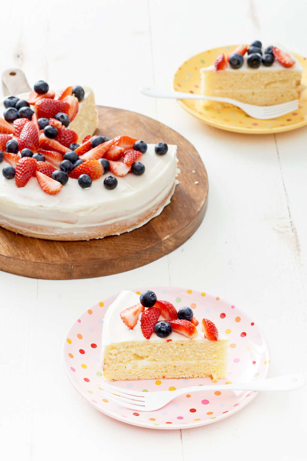 The One-Bowl Vanilla Cake Recipe You Should Know by Heart