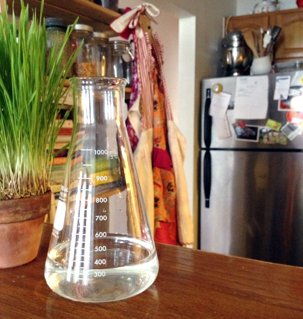 3 Reasons Why You Should Start Using Lab Beakers In the Kitchen