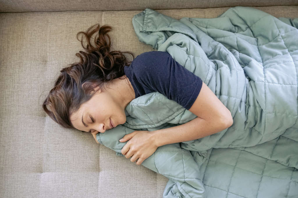 An Eco-Friendly Weighted Blanket to Get You Through Winter