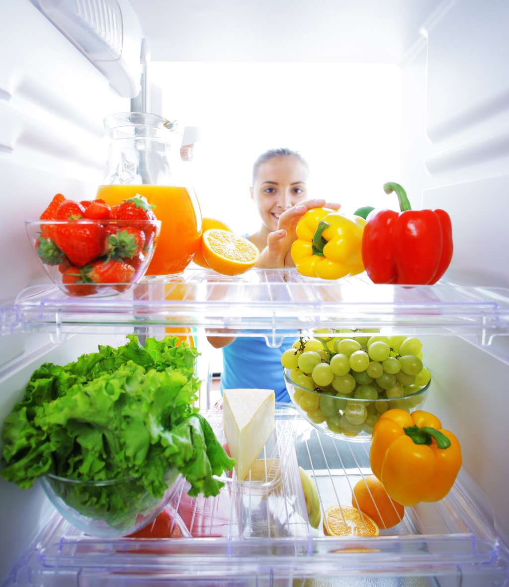 Teach Yourself to Eat More Vegetables By Reorganizing Your Fridge