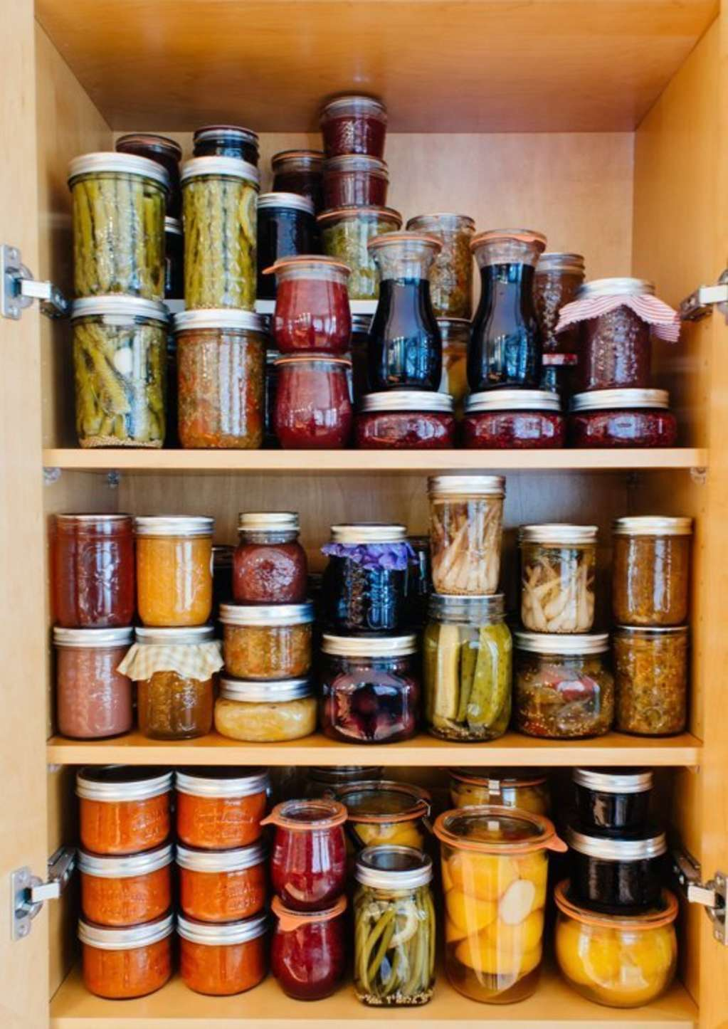 10 Ways to Squeeze a Little Extra Storage Out of a Small Pantry
