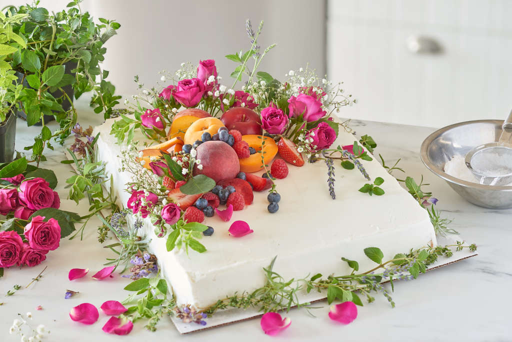 How to Make a Wedding Cake from a Grocery Sheet Cake