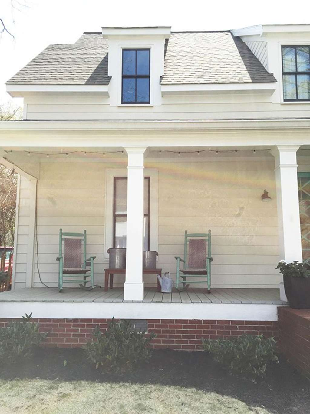 Fabulous Front Porch Makeovers Decorating Ideas Apartment Therapy