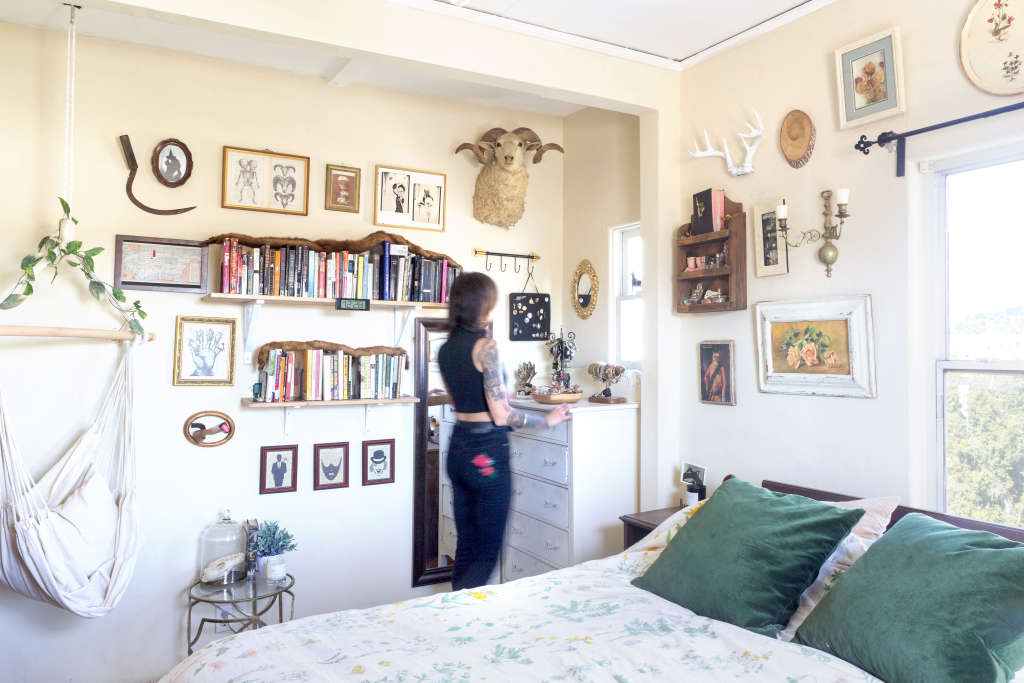 House Tour: A Vintage-Filled Los Angeles Rental