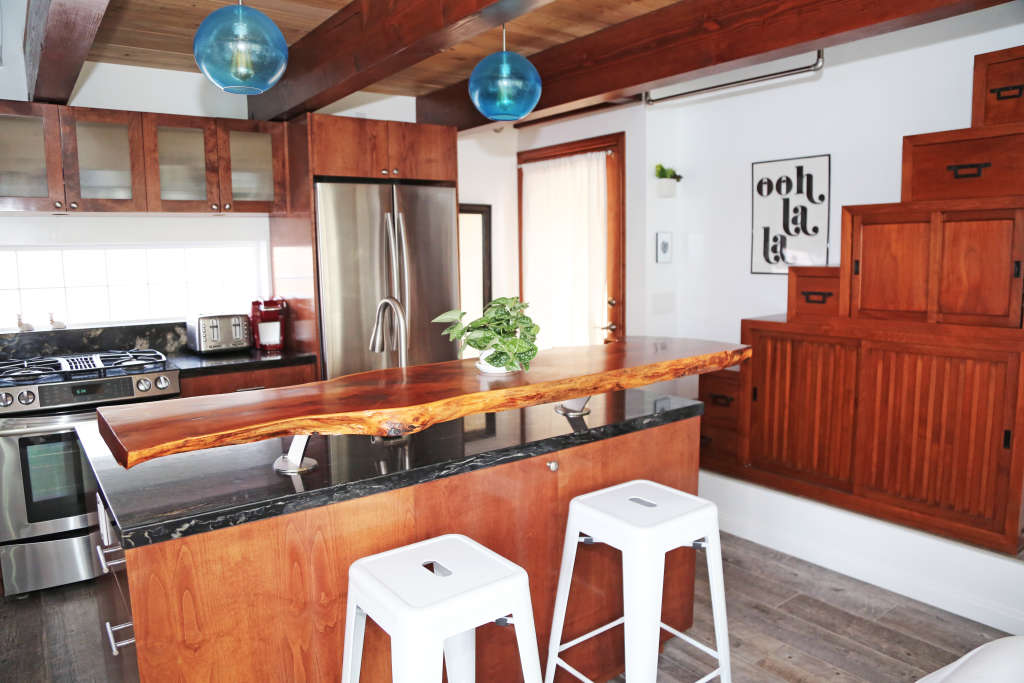 A 550-Square-Foot Tiny Home Cottage by the Sea