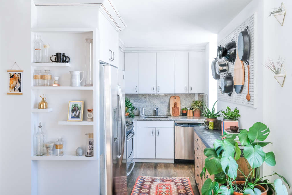 20 Smart & Beautiful Ways to Organize Your Kitchen Cabinets
