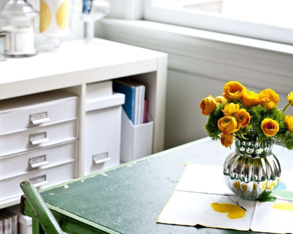 How To Establish a Home Filing System (& Stick To It!)
