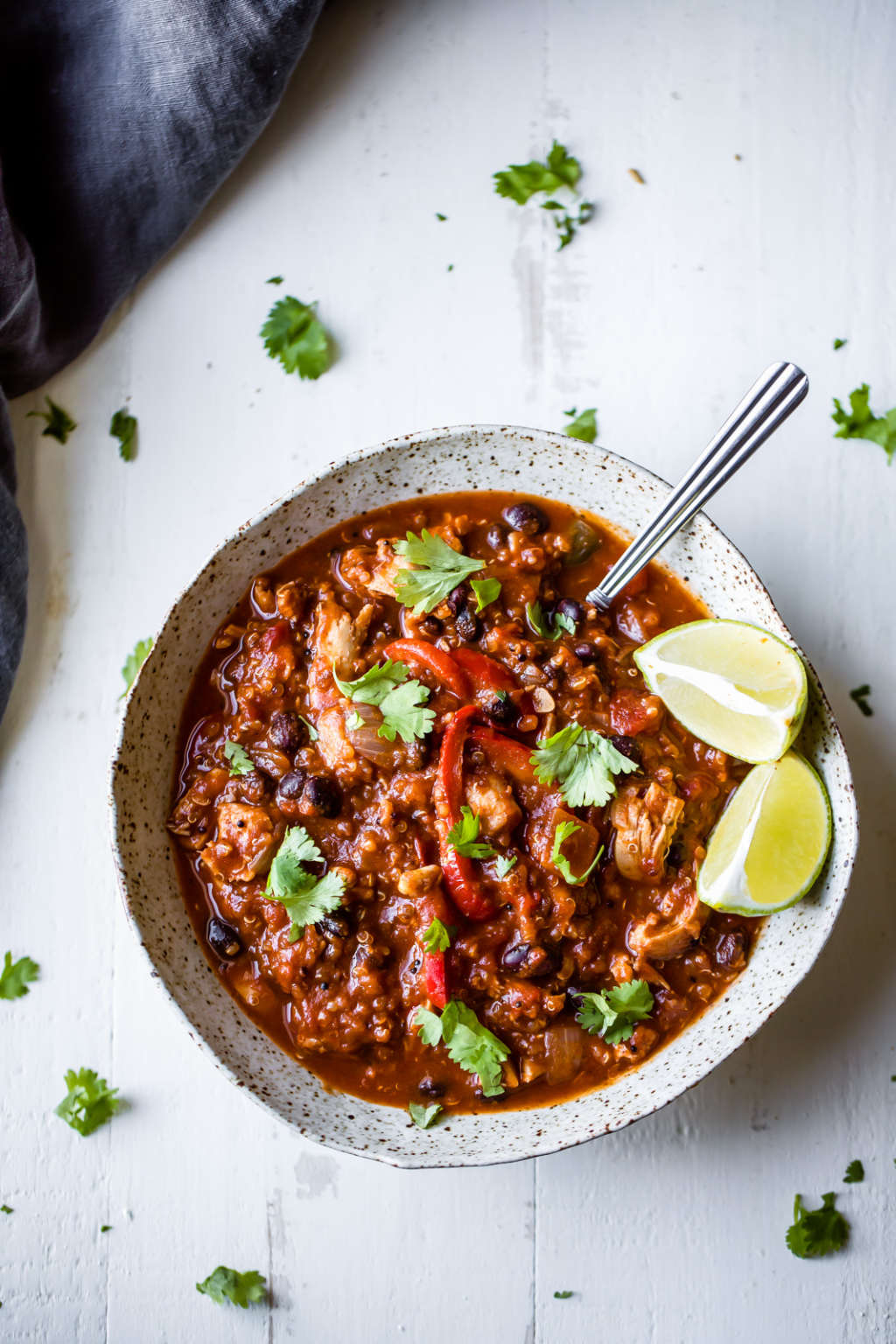 Slow Cooker Pumpkin & Chicken Chili for Cozy Fall Nights