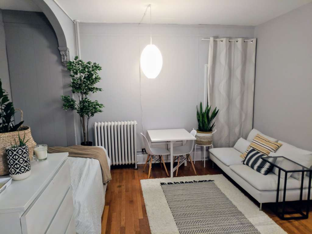 A teeny studio apartment is well designed and incredibly cozy 9603a11b938d3bae4f08208846847a0d223a71d6