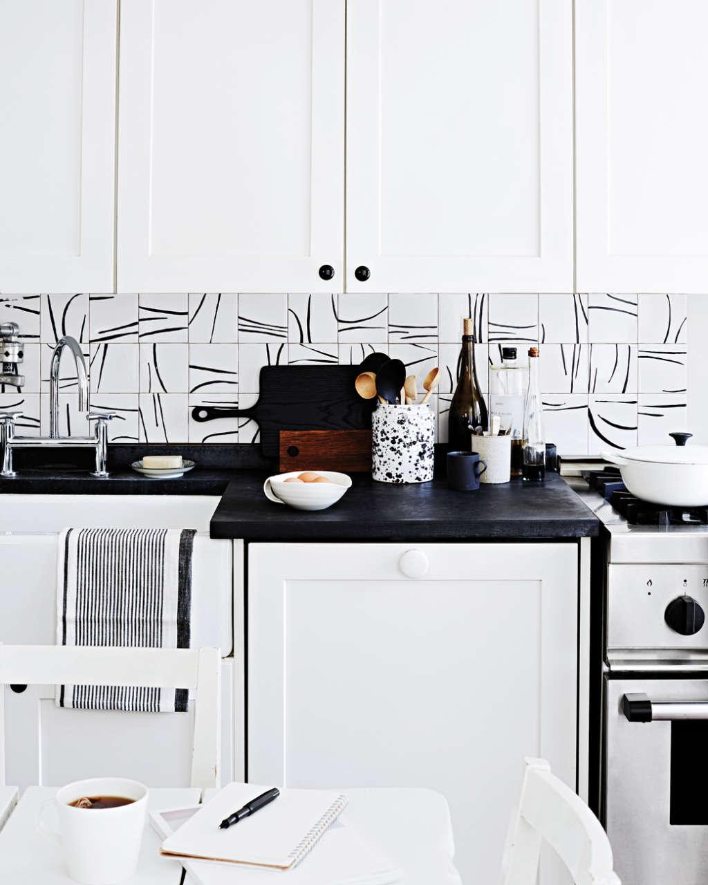 Easy Ways to Update Your Kitchen Backsplash