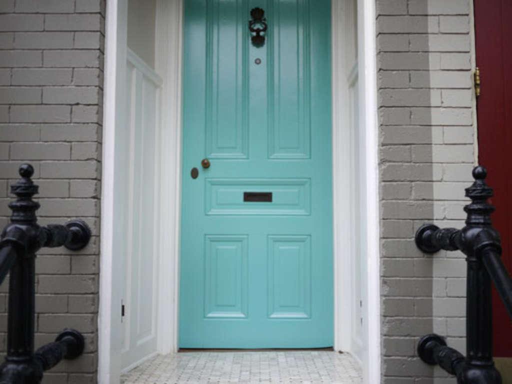 5 Ways To Burglar Proof Your Front Door Apartment Therapy Three Way Jamb Switch