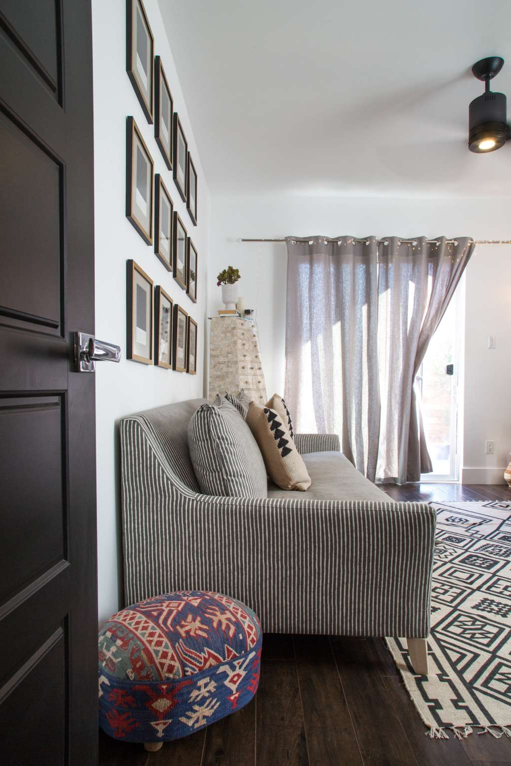 Sofa Sidekicks: 8 Style Add-Ons for Your Living Room Seating