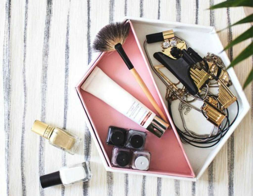 Marshal Your Makeup with these Beauty Storage Hacks