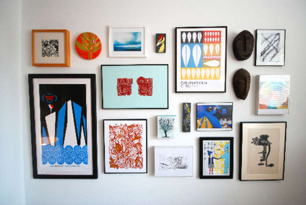 How To Create a Gallery Wall on a Budget