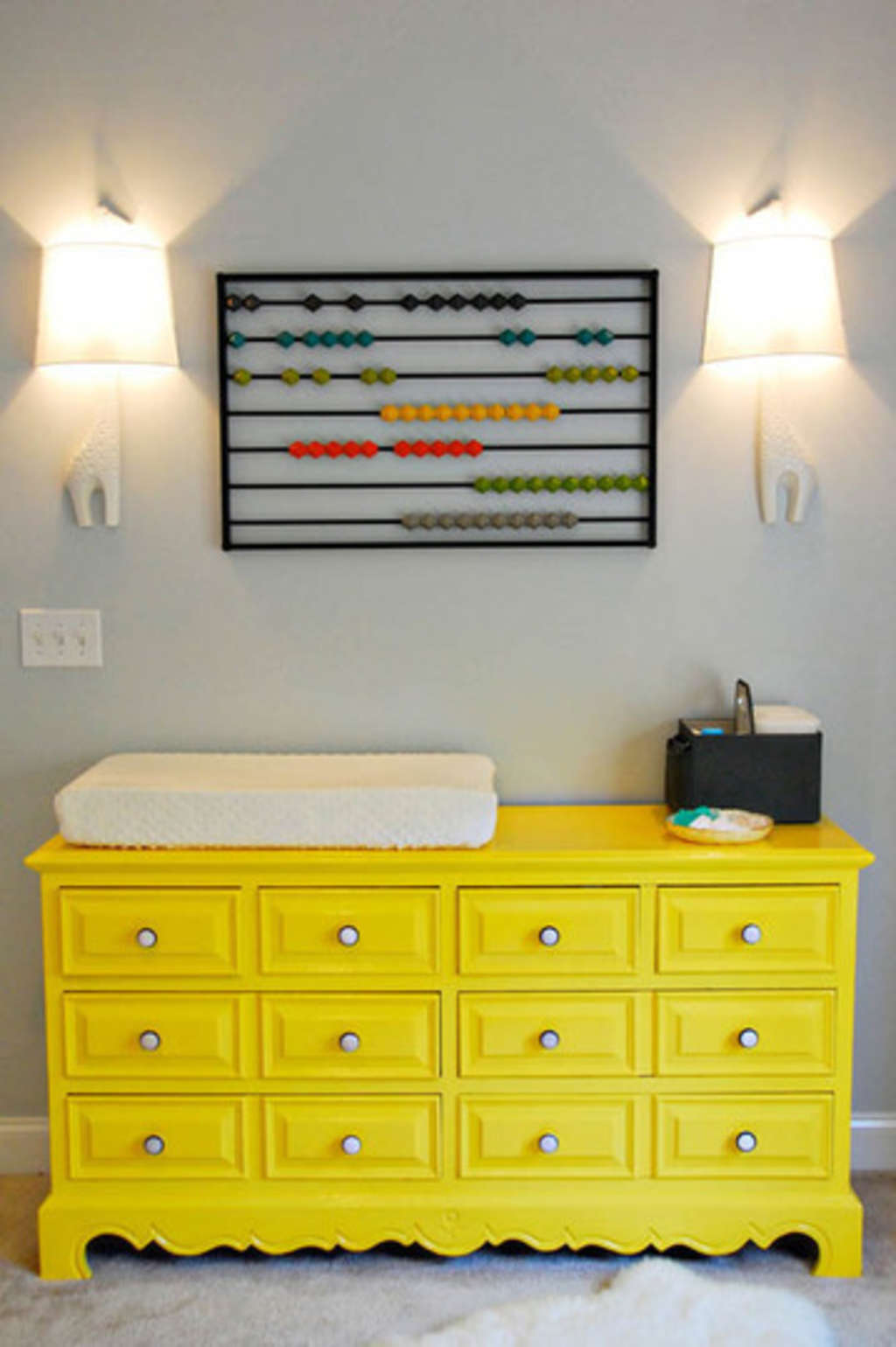 Objects as Wall Decor in Kids\' Rooms | Apartment Therapy