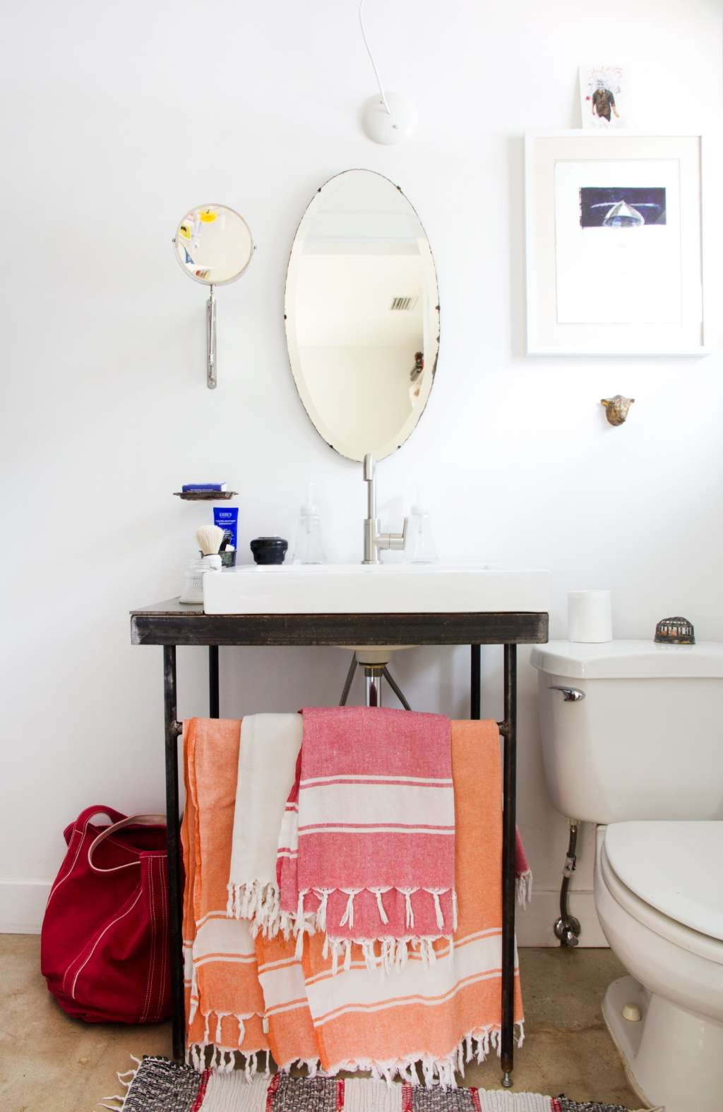 Banish Boring: 10 Unexpected & Unusual Bathroom Details to Steal