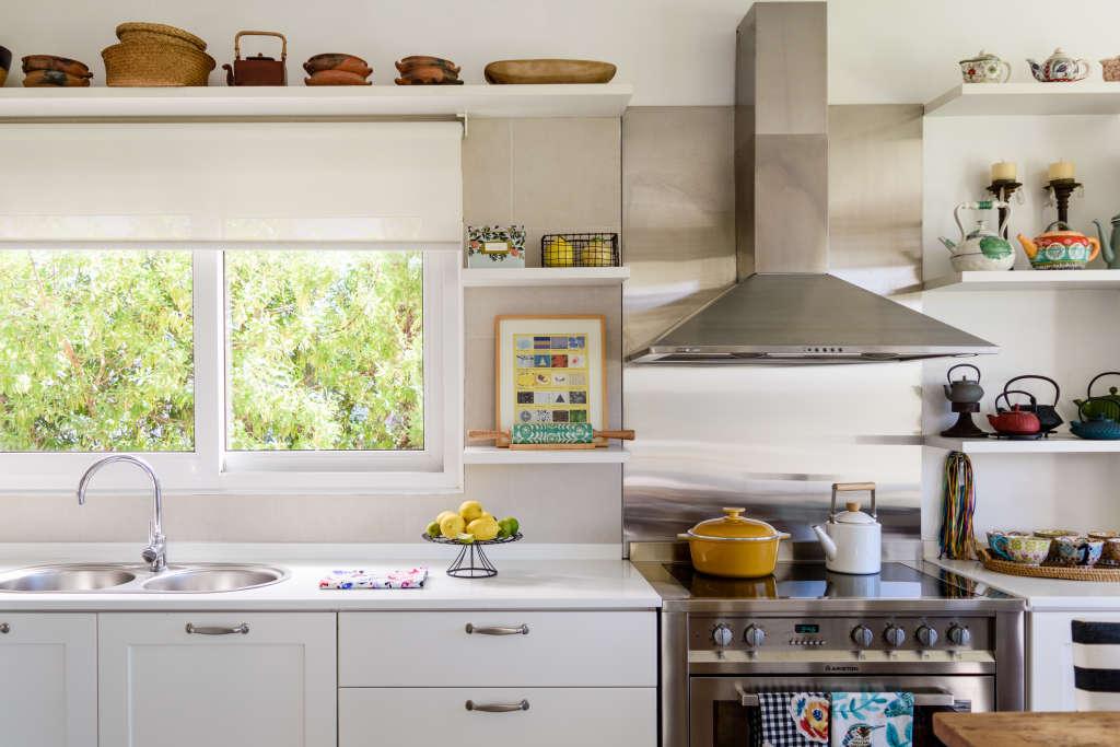 Decordots Contemporary Kitchen With Open Shelving: Organize Under Kitchen Sink - Tips Ideas