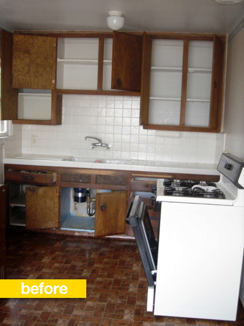 Kitchen Before & After: A 1950s Kitchen Transformed by Mosaic Tiles