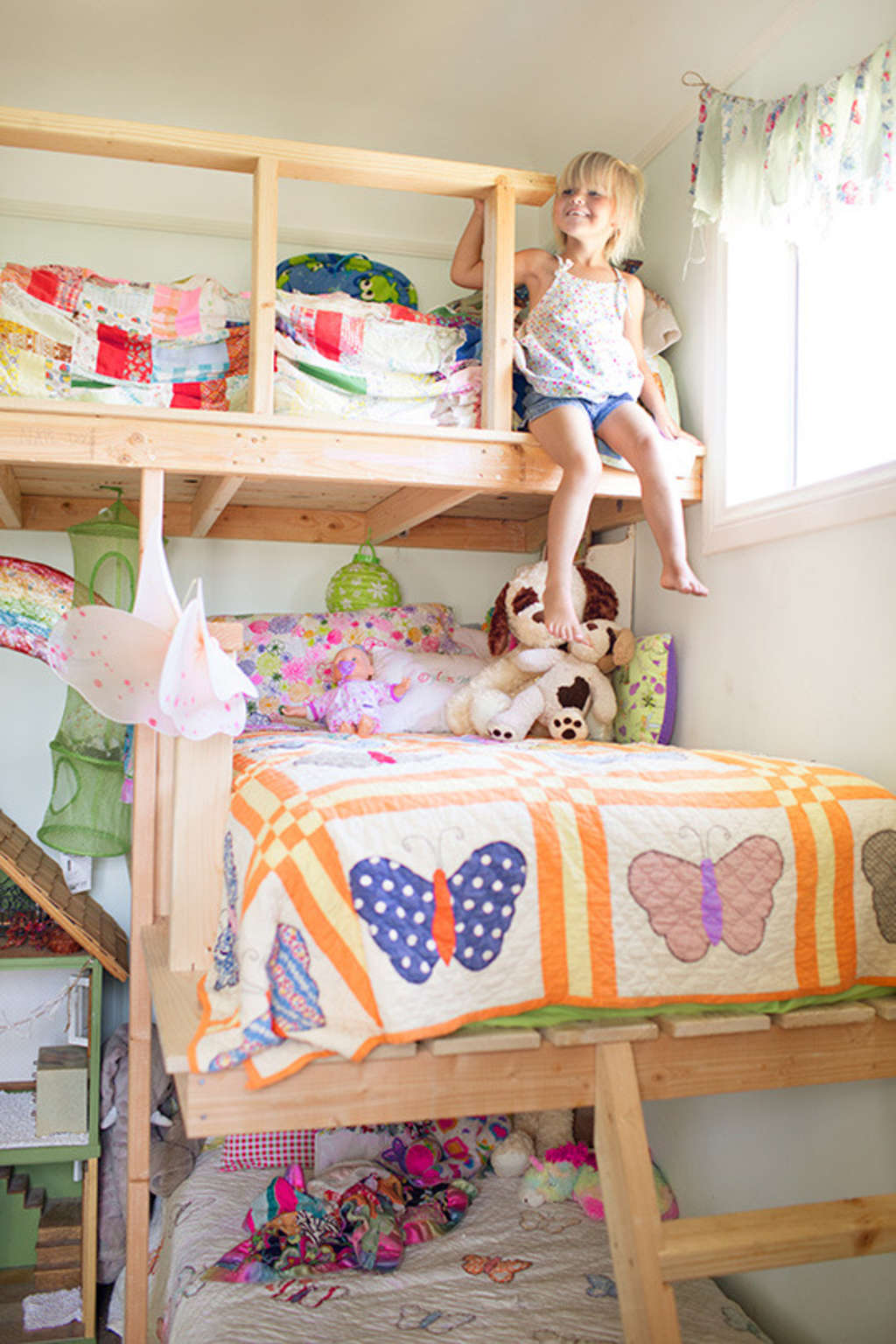 Real Life Shared Rooms for 3 Kids
