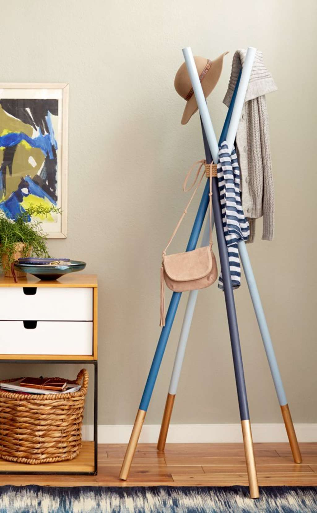 A Dozen DIY Projects Featuring Wood Dowels