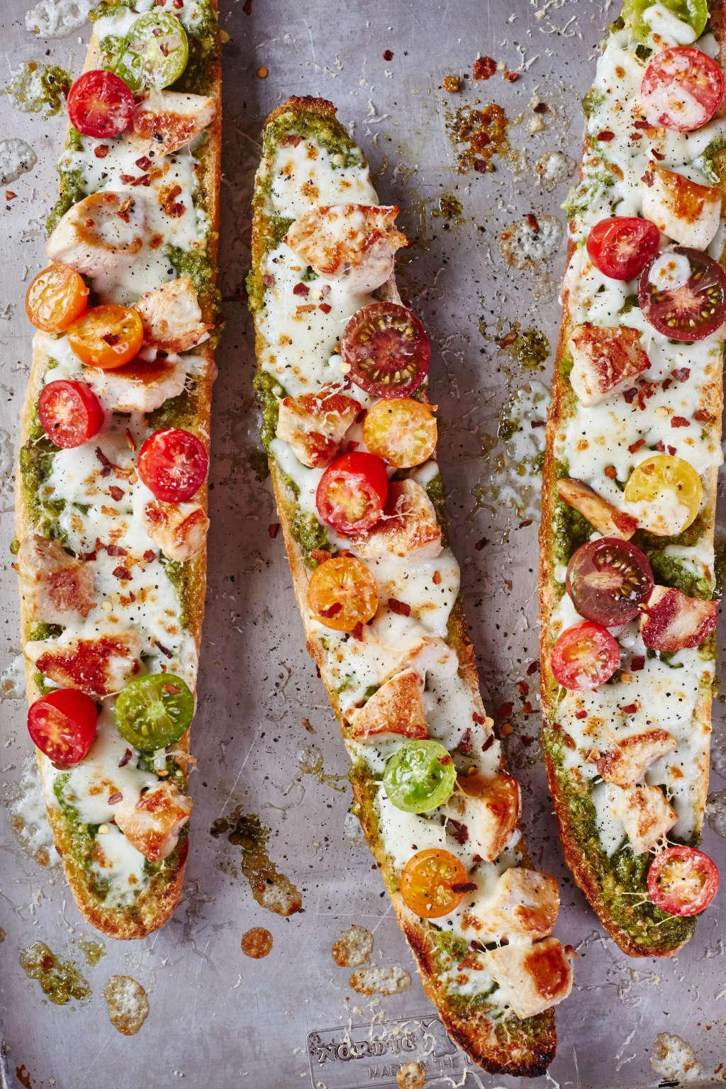 This Pesto Chicken Pizza Has a Smart Secret