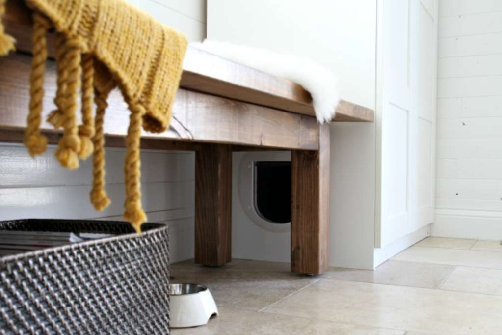 8 Purr-fect DIY Ways to Hide the Litter Box