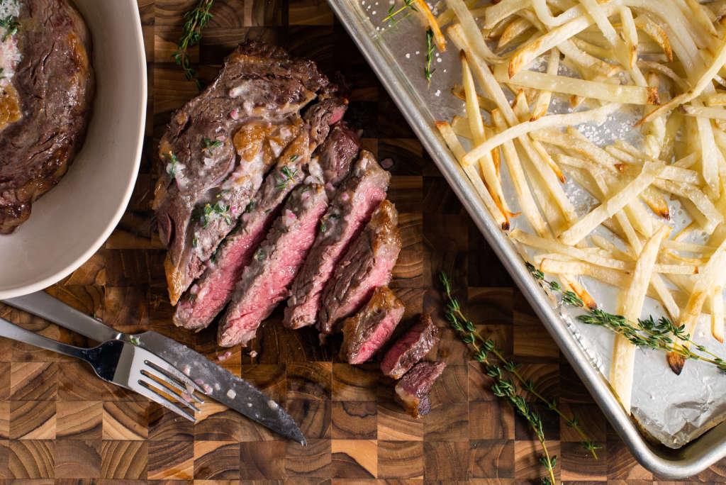 The Best Way to Reheat a Steak