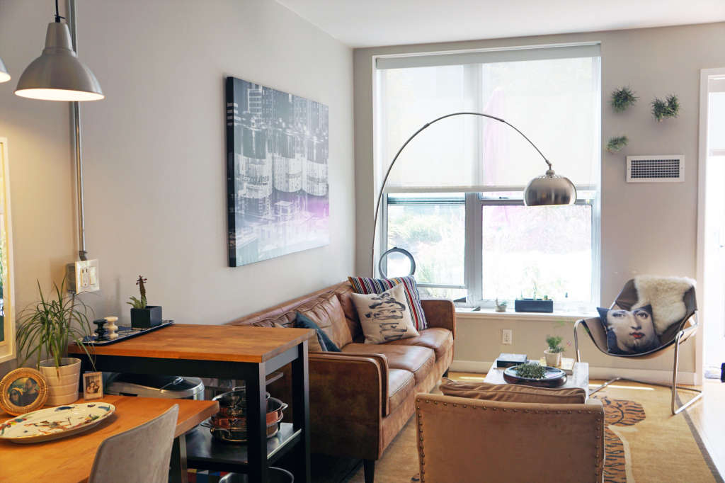A 496-Square-Foot Home Belongs to Modsy's Director of Style