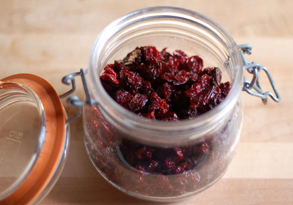 You Don't Need a Dehydrator: 5 Fruits You Can Dry in the Oven