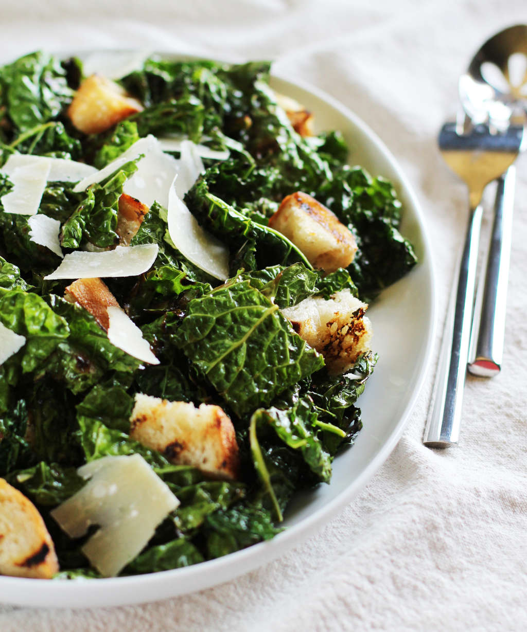 Recipe: Garlicky Grilled Kale Salad with Grilled Bread