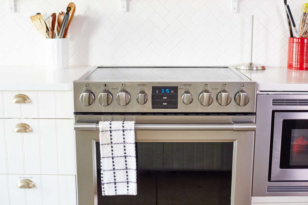 The Best Way To Clean Your Greasy Oven Door Kitchn